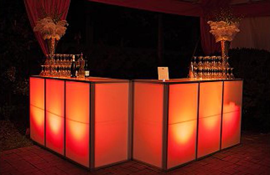 Oconee Events - Modern Atlanta Wedding Bar Set up