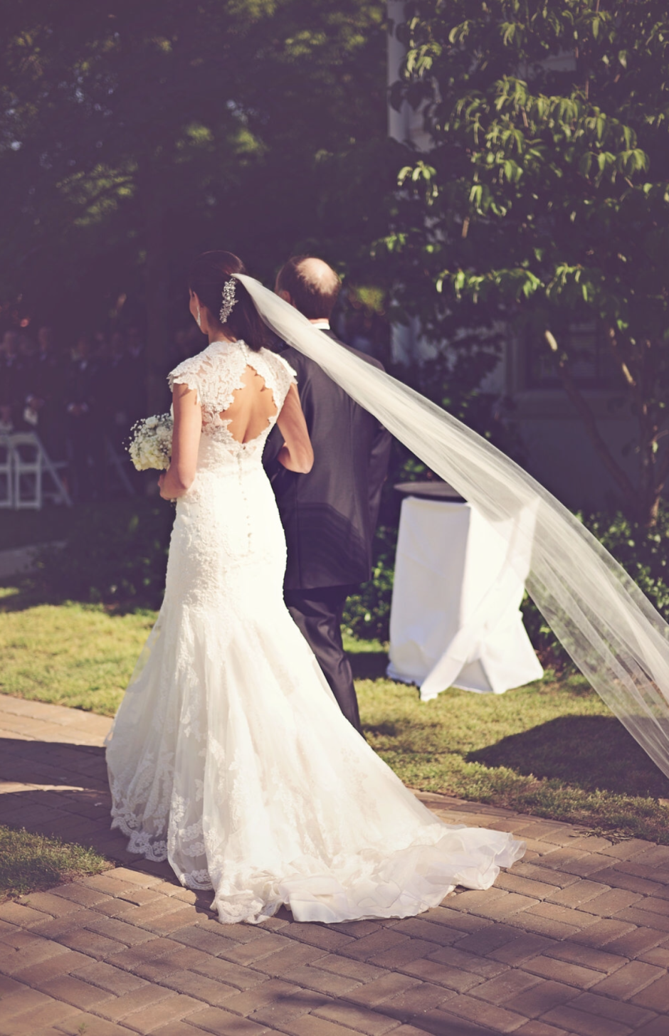 Elegant Southern Bride - Long Wedding Veil