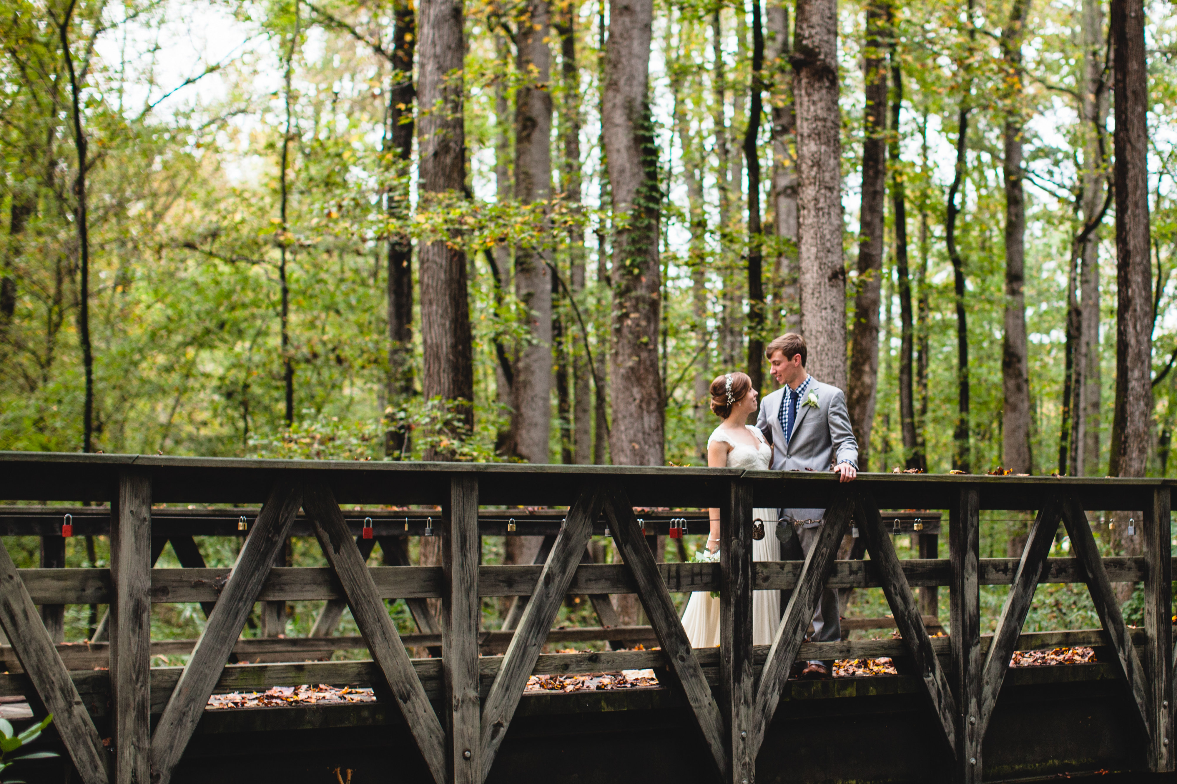 View More: http://kaitiebryant.pass.us/riehl-cookwedding