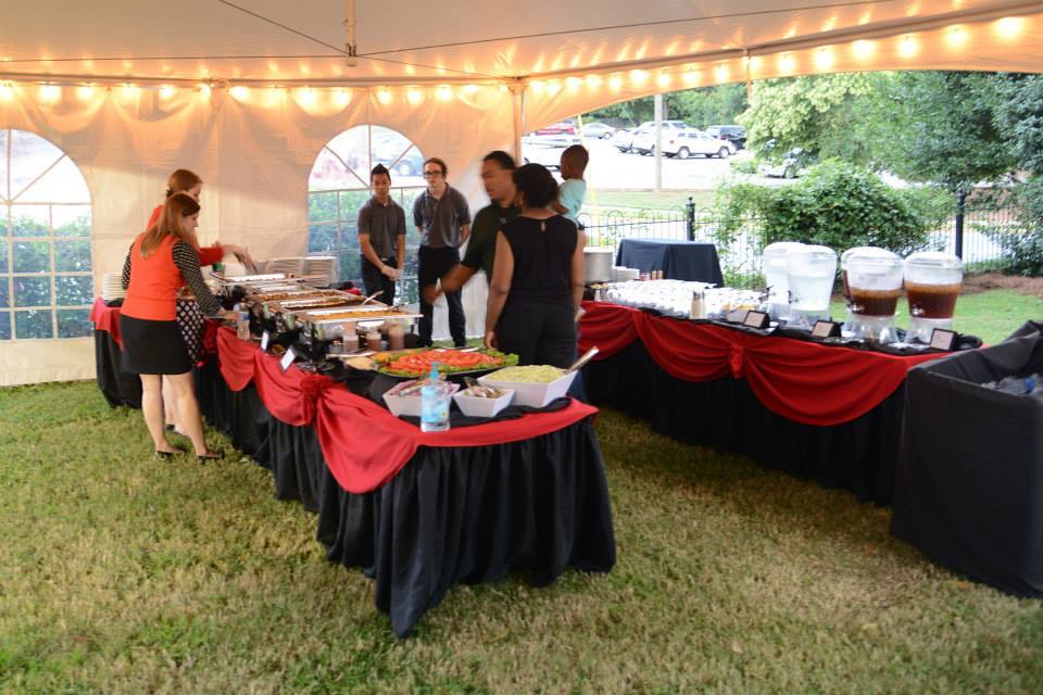 Oconee Events - Tent Rentals in Athens, GA - University of Georgia Alumni Association Homecoming BBQ