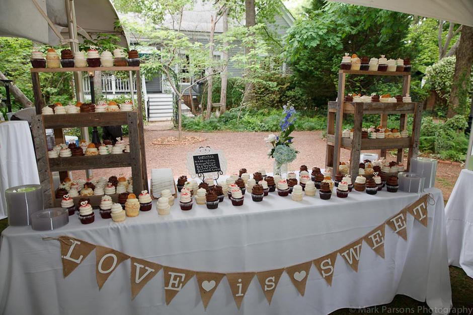 Oconee Events - Love Is Sweet Cupcake Station - Wedding Rentals Lake Oconee Georgia